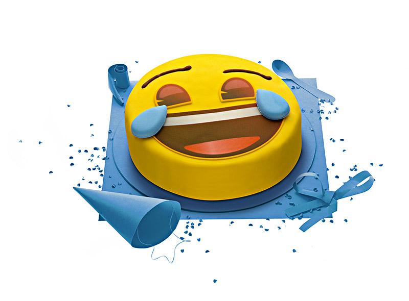 Gateau Emoji Gateau D Anniversaire Emoji Gateau D Anniversaire Smiley Mdr Super Gateaux